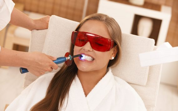 Why Getting Your Teeth Cleaned is a Necessity in Niagara Falls, ON