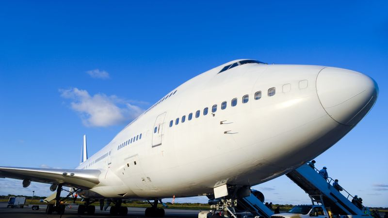 How To Book An Airplane Charter In Fort Myers, FL