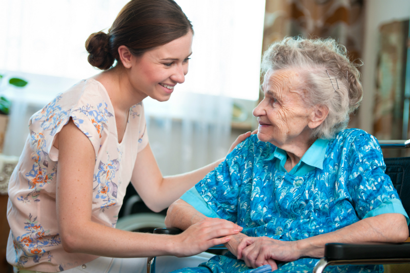 Primary Reasons to Move Your Loved One to a Long-term Memory Care Facility