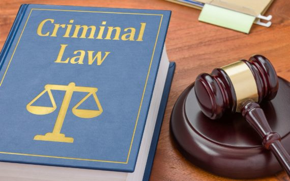 The Benefits That You Can Reap From Hiring a Criminal Defense Lawyer