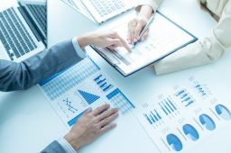 3 Beneficial Reasons to Hire the Help of a Portfolio Manager