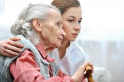 3 Beneficial Reasons to Consider Assisted Care for an Aging Loved One