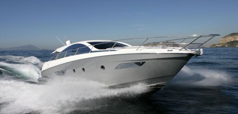 Enjoy the Water Thanks To Pontoon Boat Rentals in Marathon FL