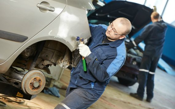 How to Find the Best Company for Auto Hail Damage Repair