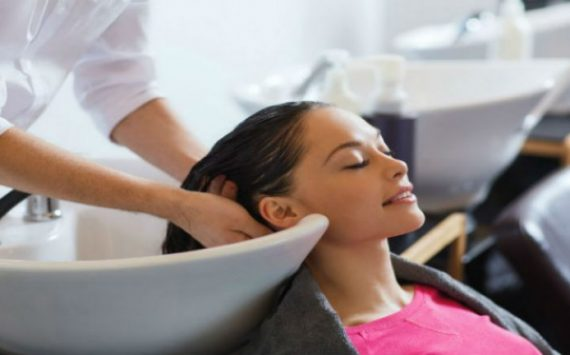 How Women Can Have a Better Hair Salon Experience in Plano, TX