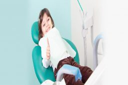 How to Get Through a Dentist Appointment in Peoria With Multiple Kids