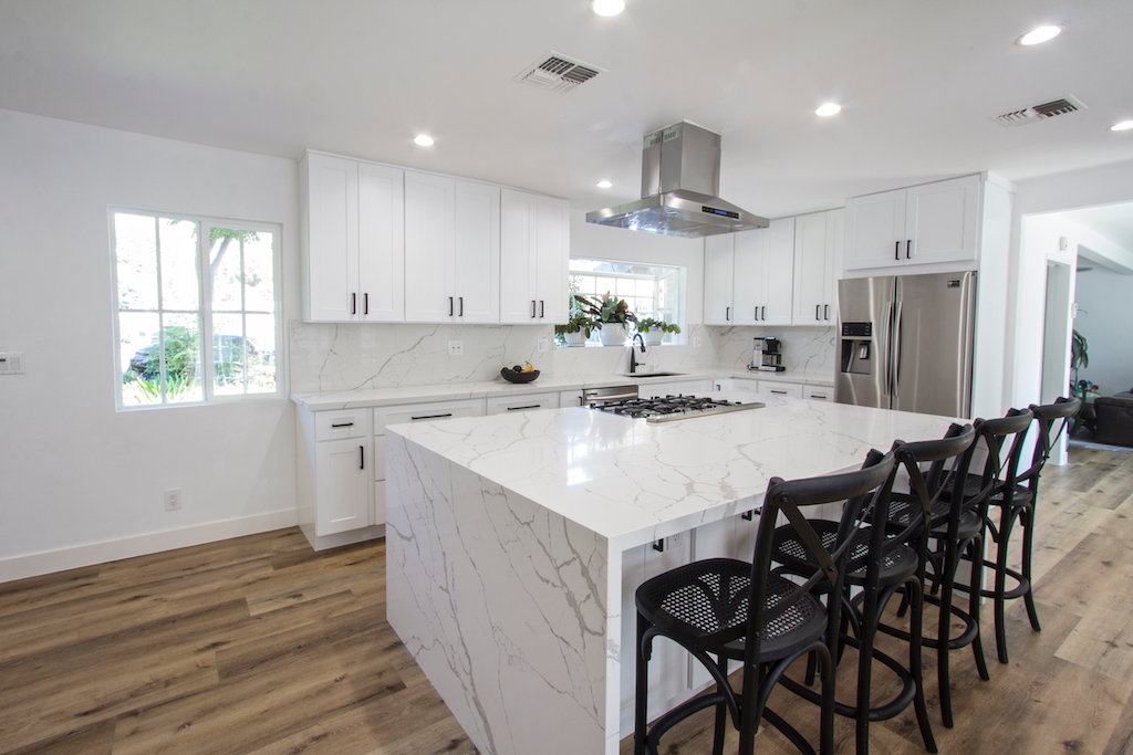 Hire A Professional Contractor For Your Kitchen Remodeling Project For Your Home In Thousand Oaks CA