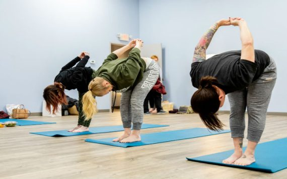 Reasons for Minneapolis Residents to Sign up for Beginning Yoga